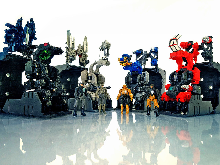 2018-12-22_diaclone-maneuvers_group-shot3.jpg